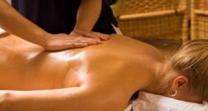 Abhyanga-le-massage-de-l-ayurveda_imagePanoramique500_220