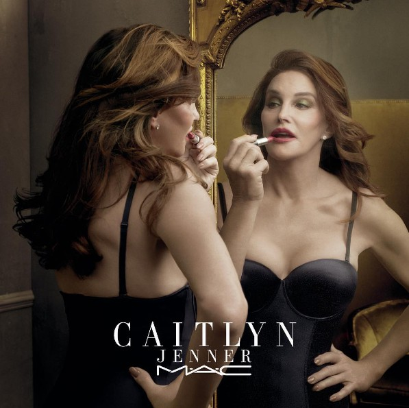 Caitlyn Jenner sur Instagram  Finally Free Lipstick is here  maccosmetics 100  of sales go to Trans programs    link to purchase is in my bio  maccaitlynjenner  finallyfree  transisbeautiful